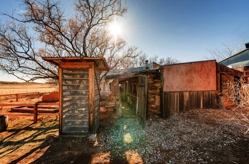 Quaint Vacation Rental on The Edge of Zion N. P.