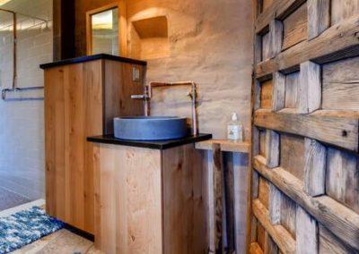 Reserve Lazalu, Zion National Parks Premier Remote Resort43 - The Zion Adobe Suite at Lazalu