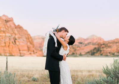 Destination Wedding At Lazalu Zion National Park Retreat-11